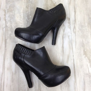 Frye Black Leather Booties 6.5
